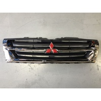 Grille to suit Mitsubishi Pajero NM / NP - Black / Chrome - BRAND NEW GENUINE - MR387982