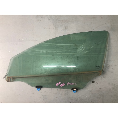 Front LHS Door Glass to suit Mitsubishi 380 - ALL MODELS - USED - A0442