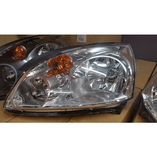 LHS Headlight to suit Mitsubishi 380 BRAND NEW GENUINE - MN181399