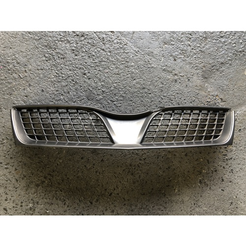 Grille to suit Mitsubishi Magna TJ  - Used